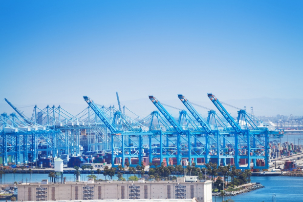 Port of Long Beach. source: shutterstock